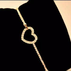 GOLD PLATED  rhinestone HEART bracelete